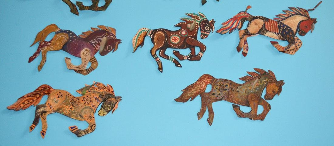 Lot of 11 Painted Tin Horses Signed Peacock - 3