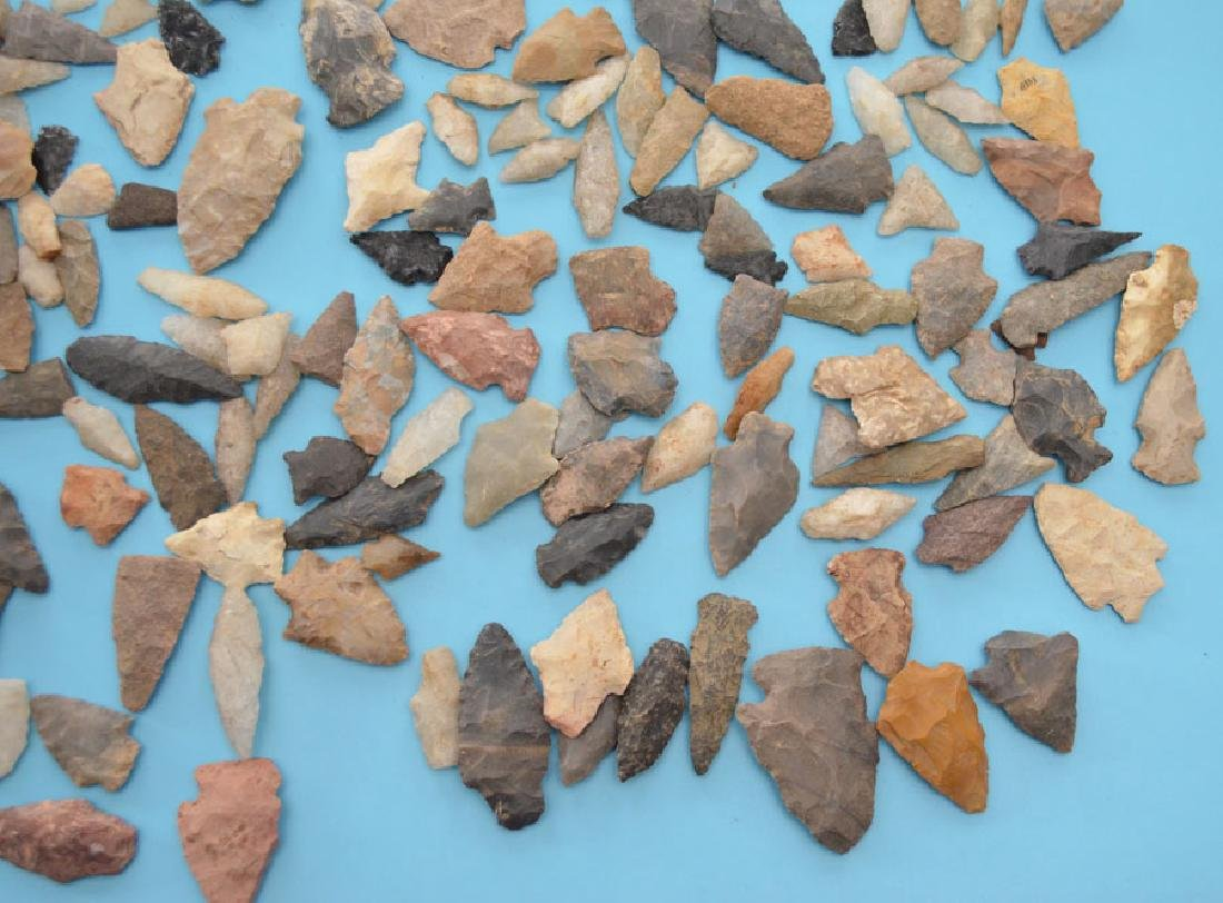 Large Group Of Native American Arrowheads - 4