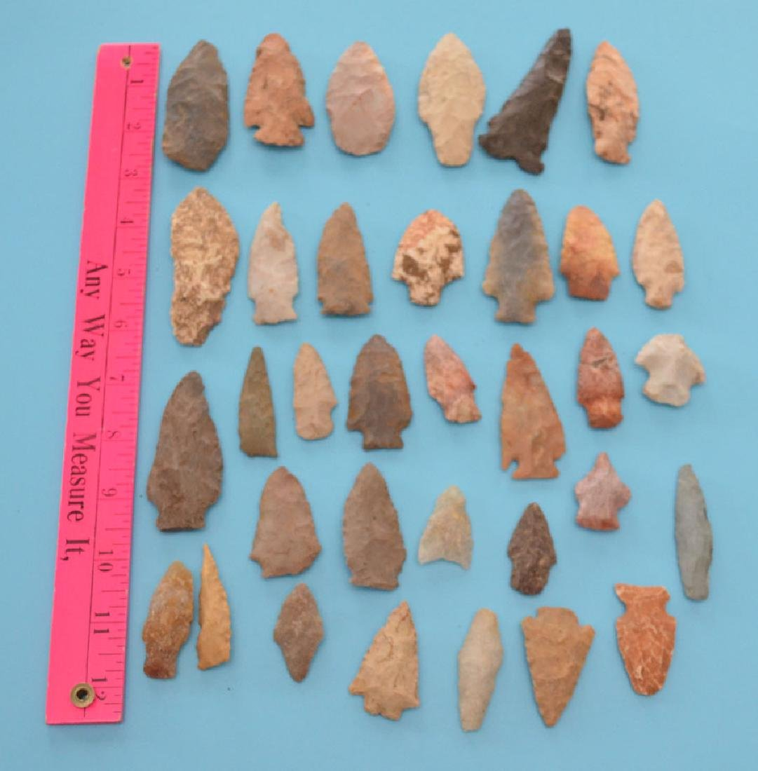 Interesting Lot Of Ancient Native American Arrowheads