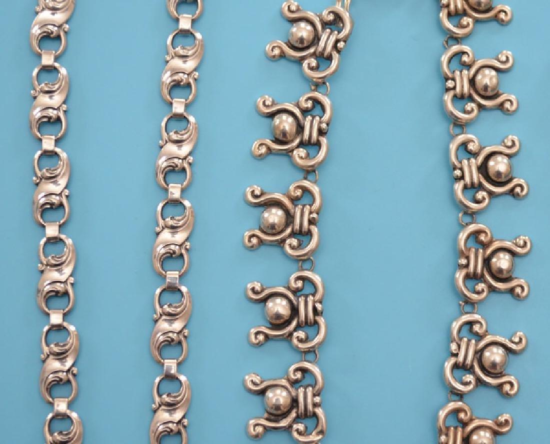 Tasteful Lot Of Vintage Sterling Silver Jewelry - 3