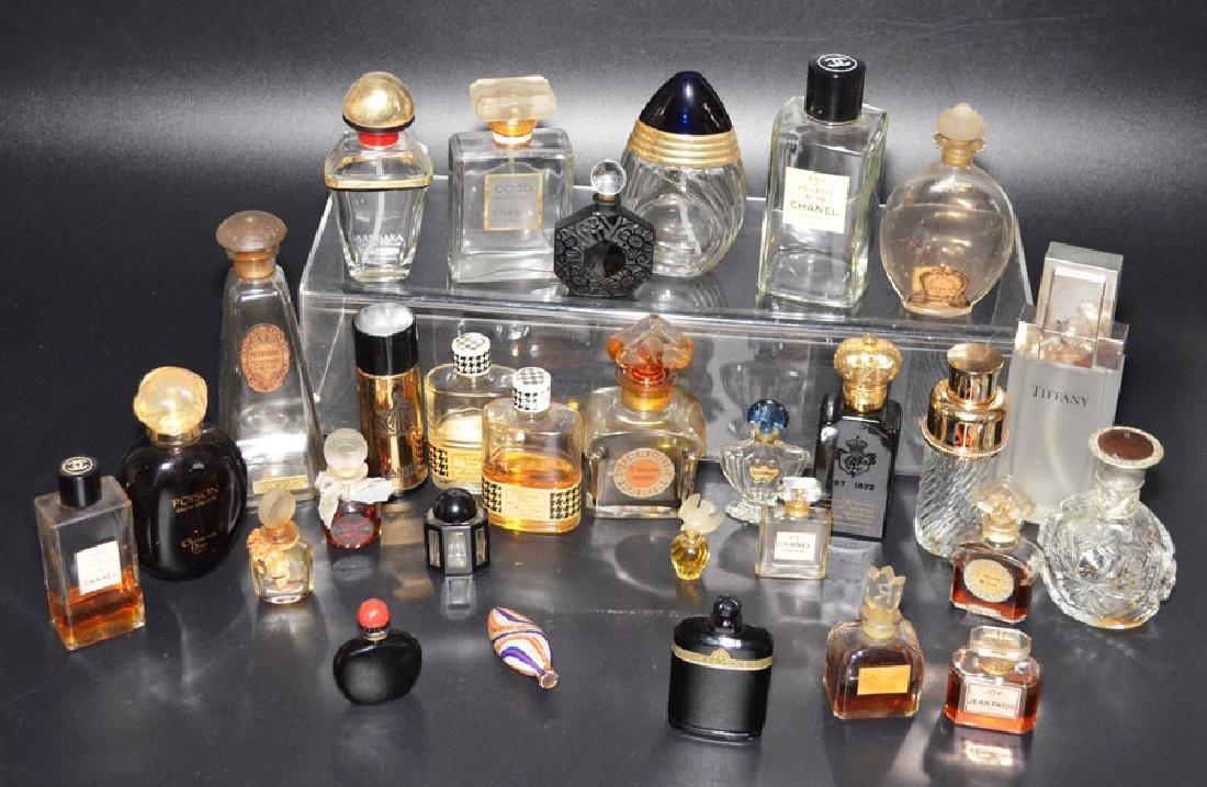 Lot Of 28 Vintage Perfume Bottles ( Guerlain, Chanel)
