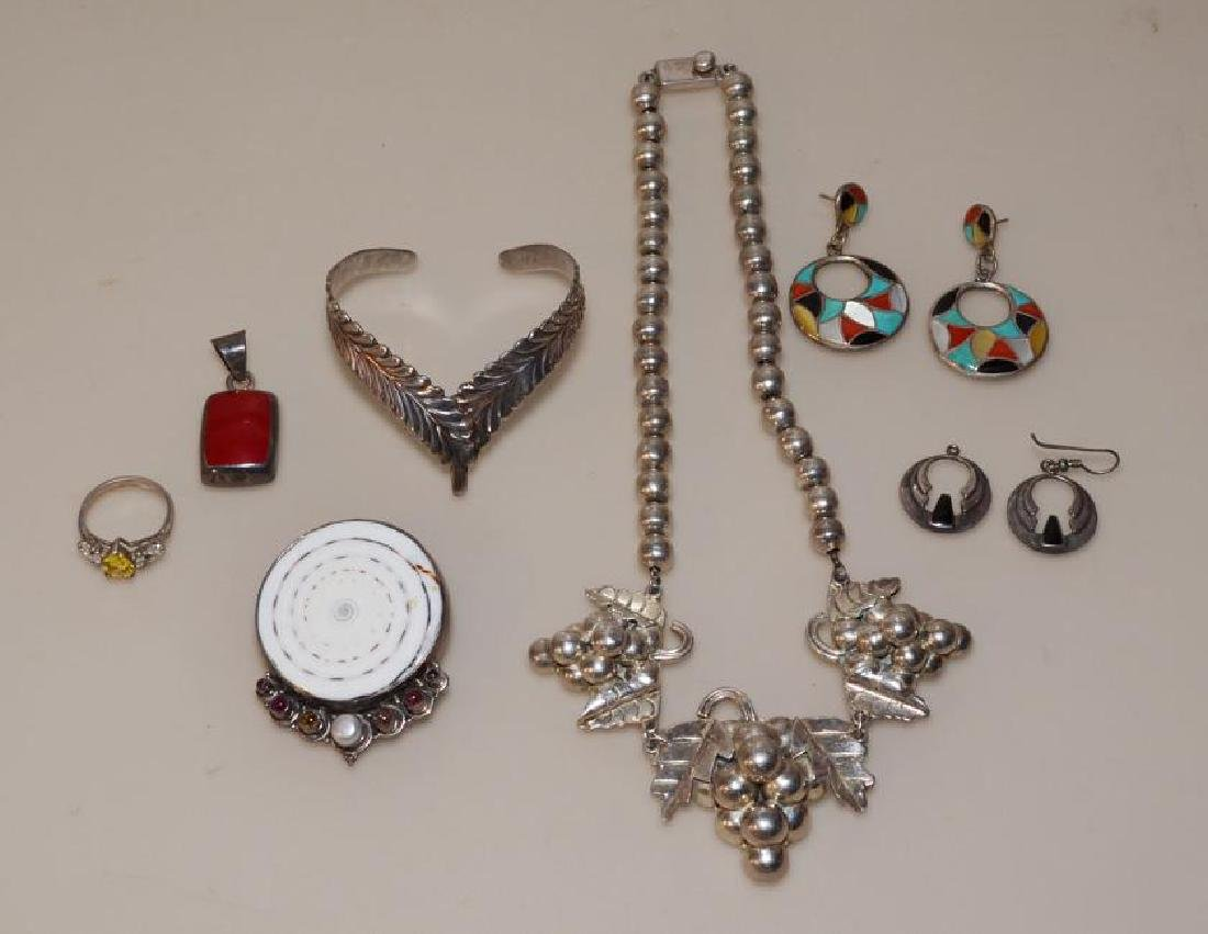 Great Lot Of Sterling Silver Jewelry ( Mexican, Zuni )