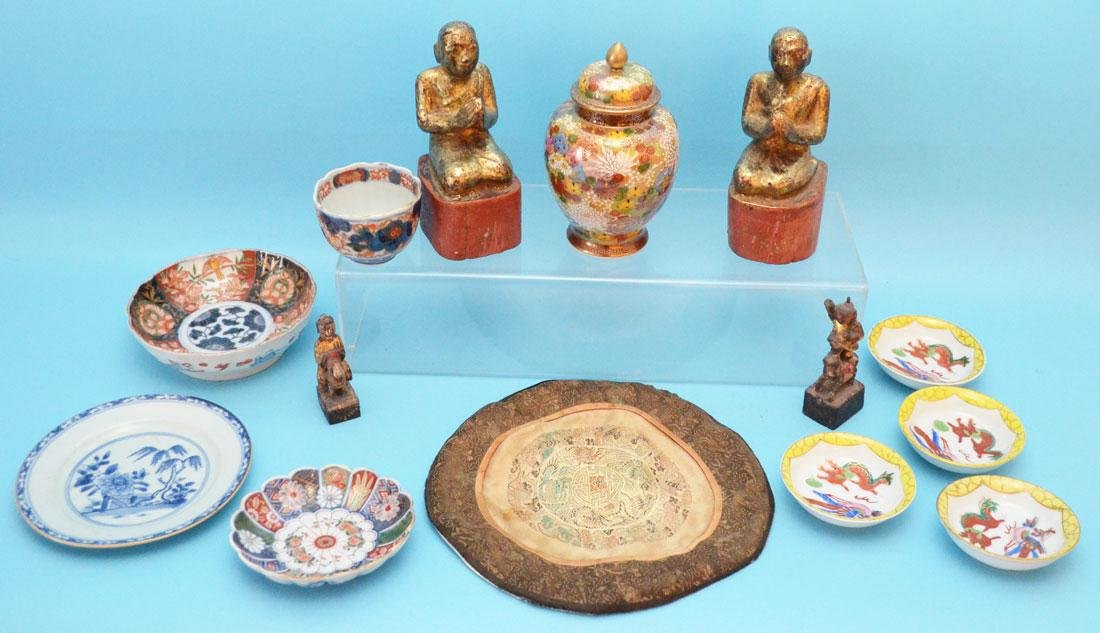 Collection of Chinese Items (Wood Carvings, Porcelain)
