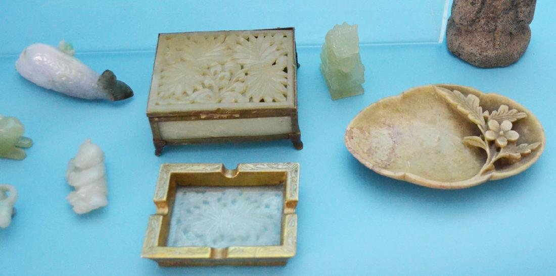Lot of Chinese Carved Jade & Hardstone - 4