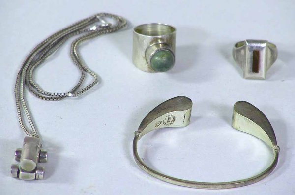 110: 4 Piece Signed Taxco Sterling Silver Jewelry Lot