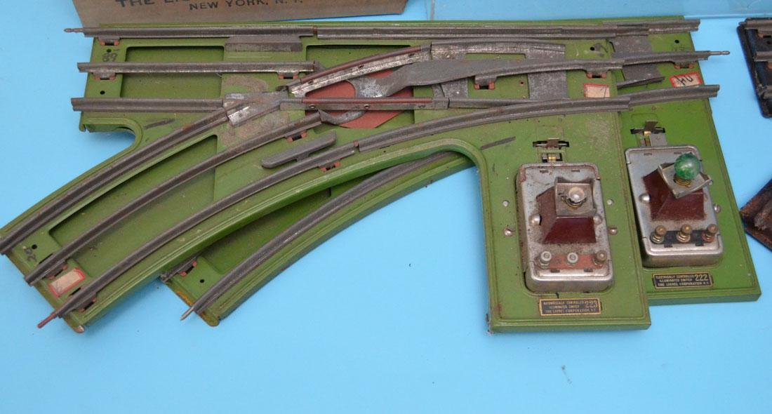Lot Of  Vintage Lionel Train Accessories ( Switches ) - 4