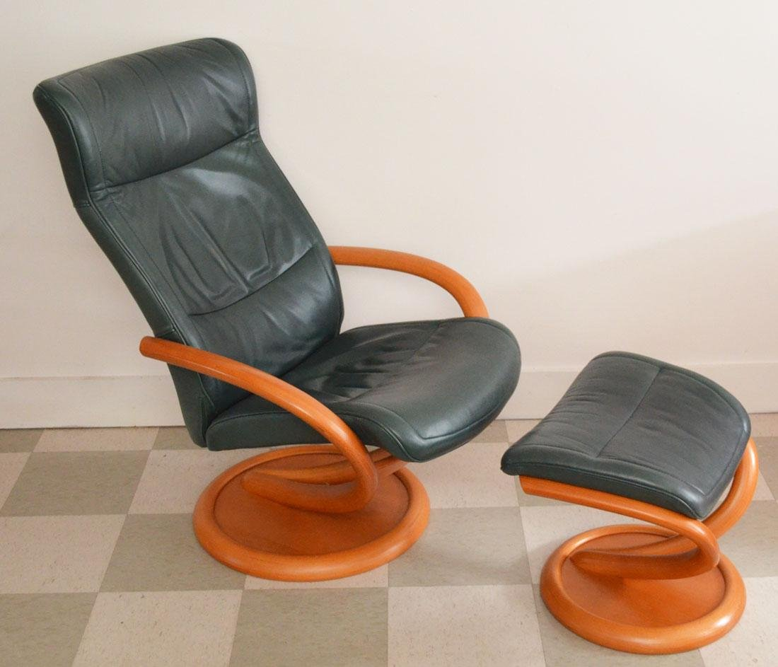 Pedro Stress Less Leather Chair & Ottoman