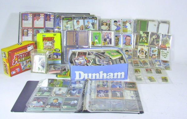 1: Great lot of 1980's Baseball Cards And Memorabilia