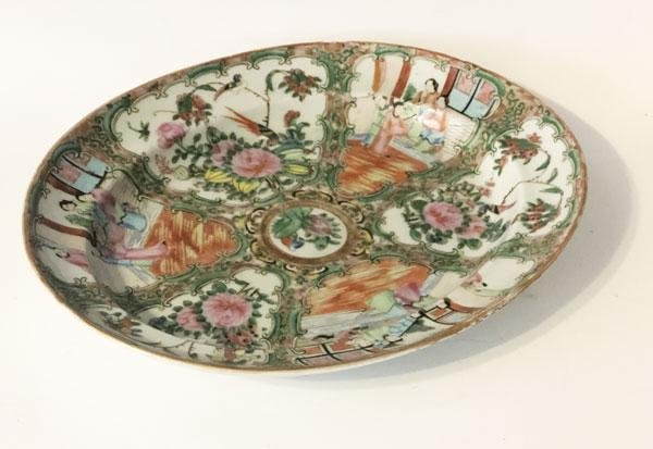 Stunning Antique Chinese Rose Medallion Platter