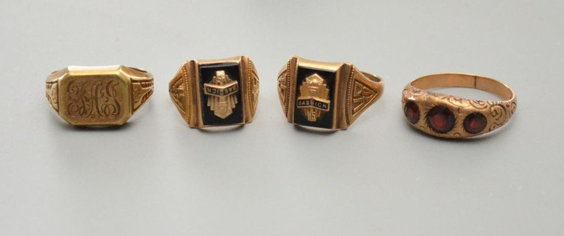 4 Vintage 10k Gold Class & Other Rings