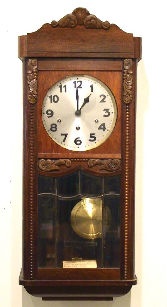 230: Wall Clock w/ Beveled Leaded Glass Westminster Chi