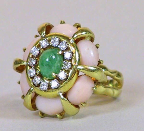 19: 18K gold  Emerald  Diamond and Coral Ring