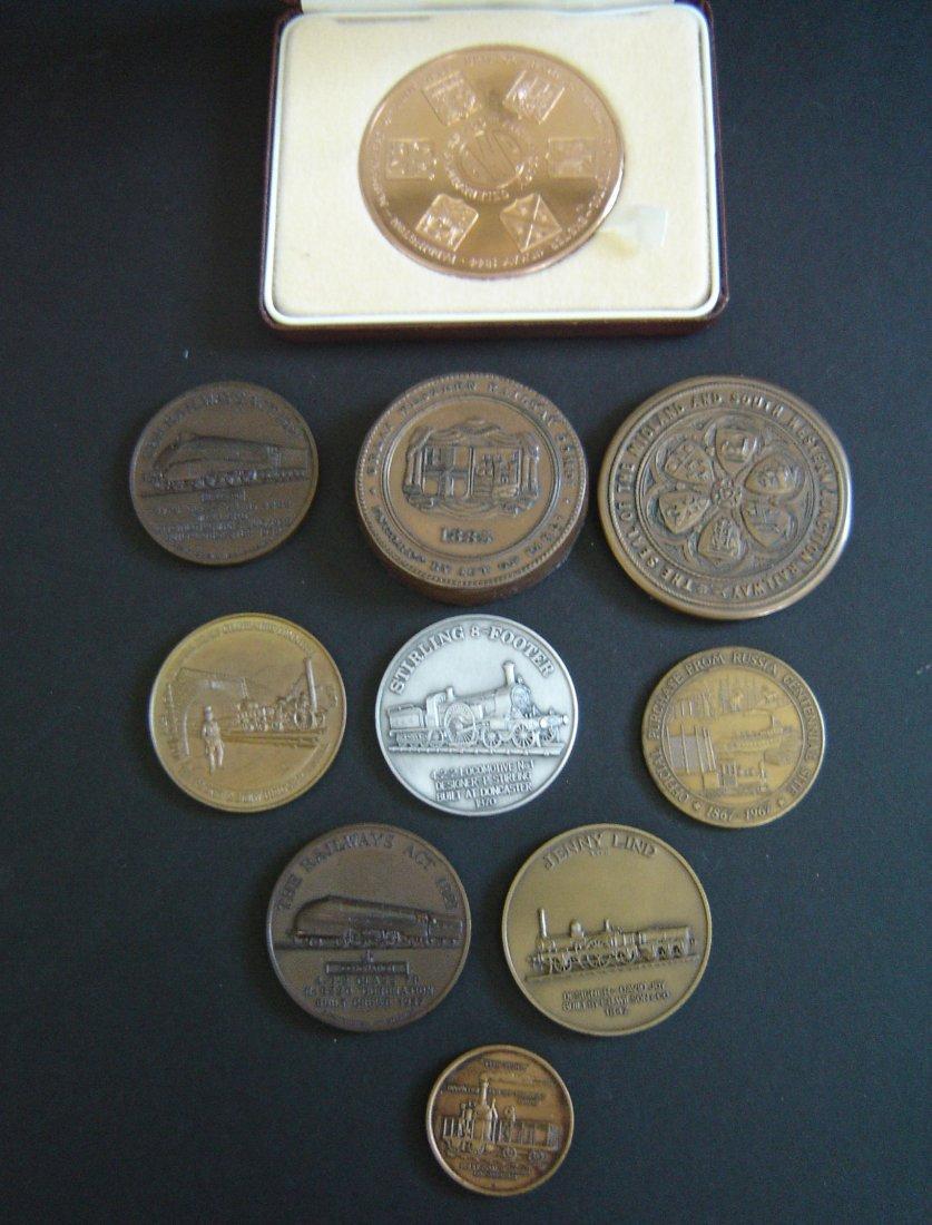 90: 10 Vintage Medallions