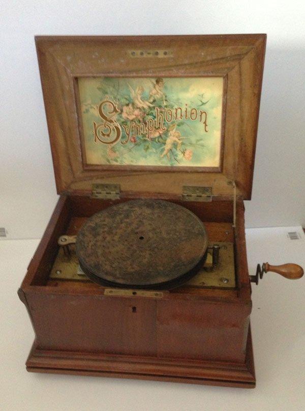 "13: Circa  1880  8 1/4 "" Disc Symphonion"