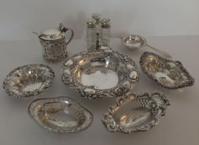 18: Lot of 9 Small Fancy Sterling Ornate Pieces
