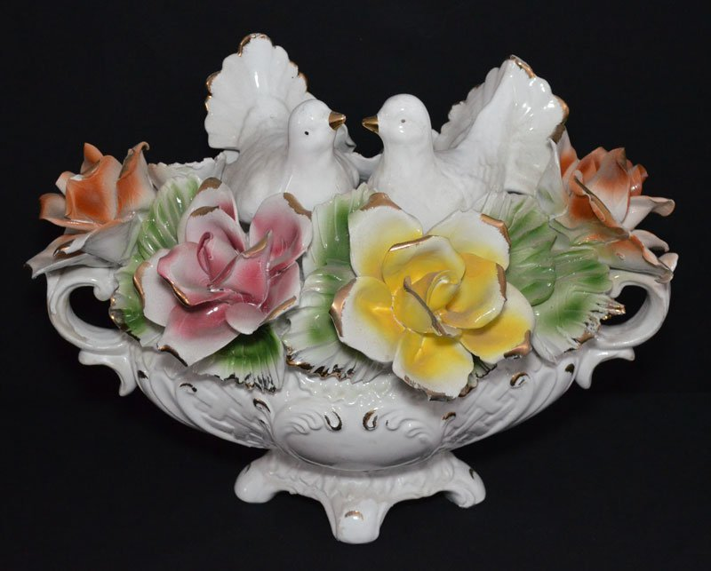 Capodimonte Floral Centerpiece with Turtle Doves