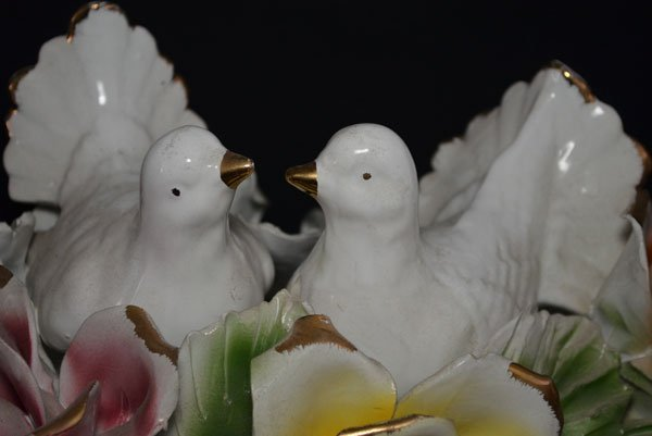 Capodimonte Floral Centerpiece with Turtle Doves - 2