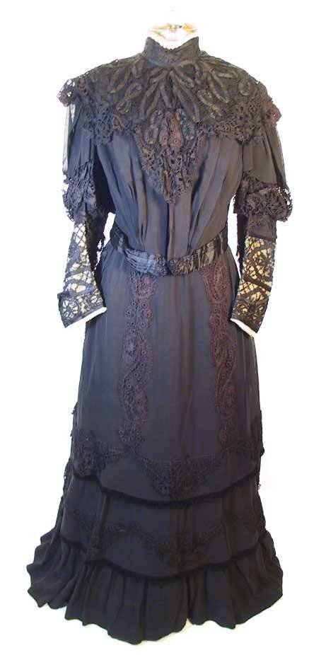 74: Victorian Black Silk & Lace Ensemble Dress