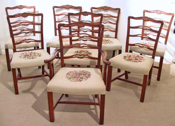 255: 8 Mahogany Dining Chairs With Needlepoint