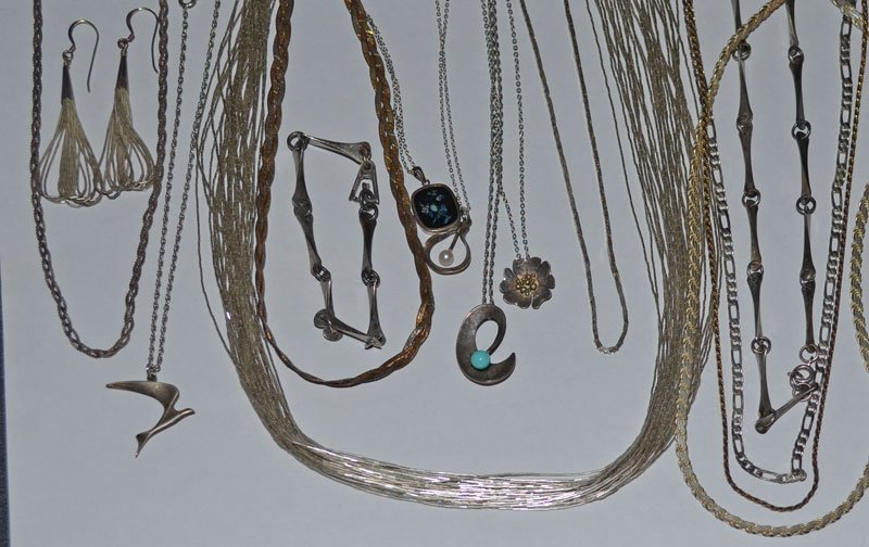 Collection of 13 Sterling Silver Necklaces & Jewelry