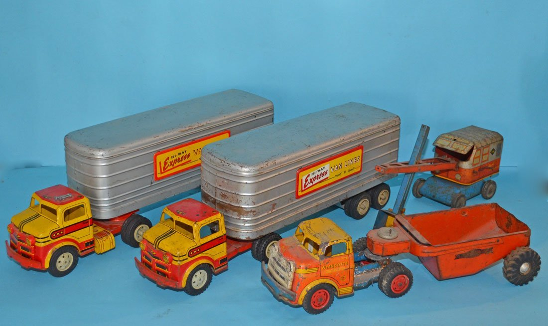 4 Vintage Tin Toy Trucks (Marx, Wyandotte)