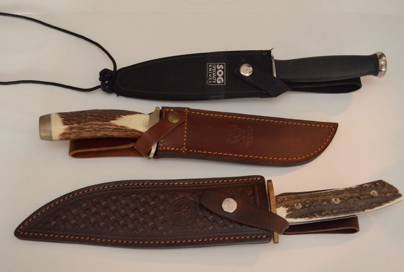3 Large Bowie Knives