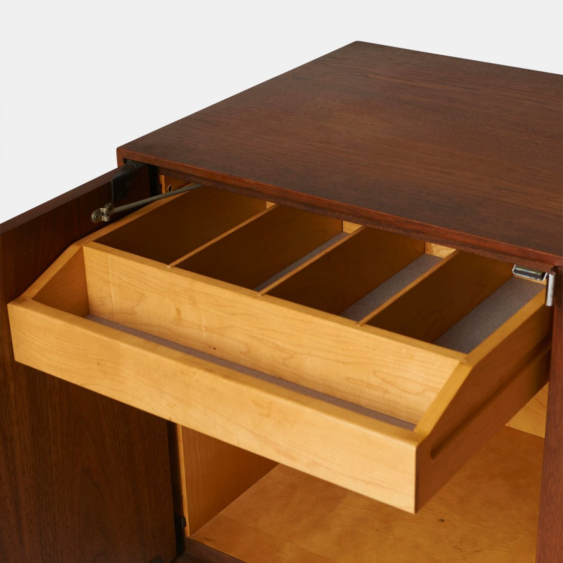 Florence Knoll, Credenza #541 for Knoll International - 3