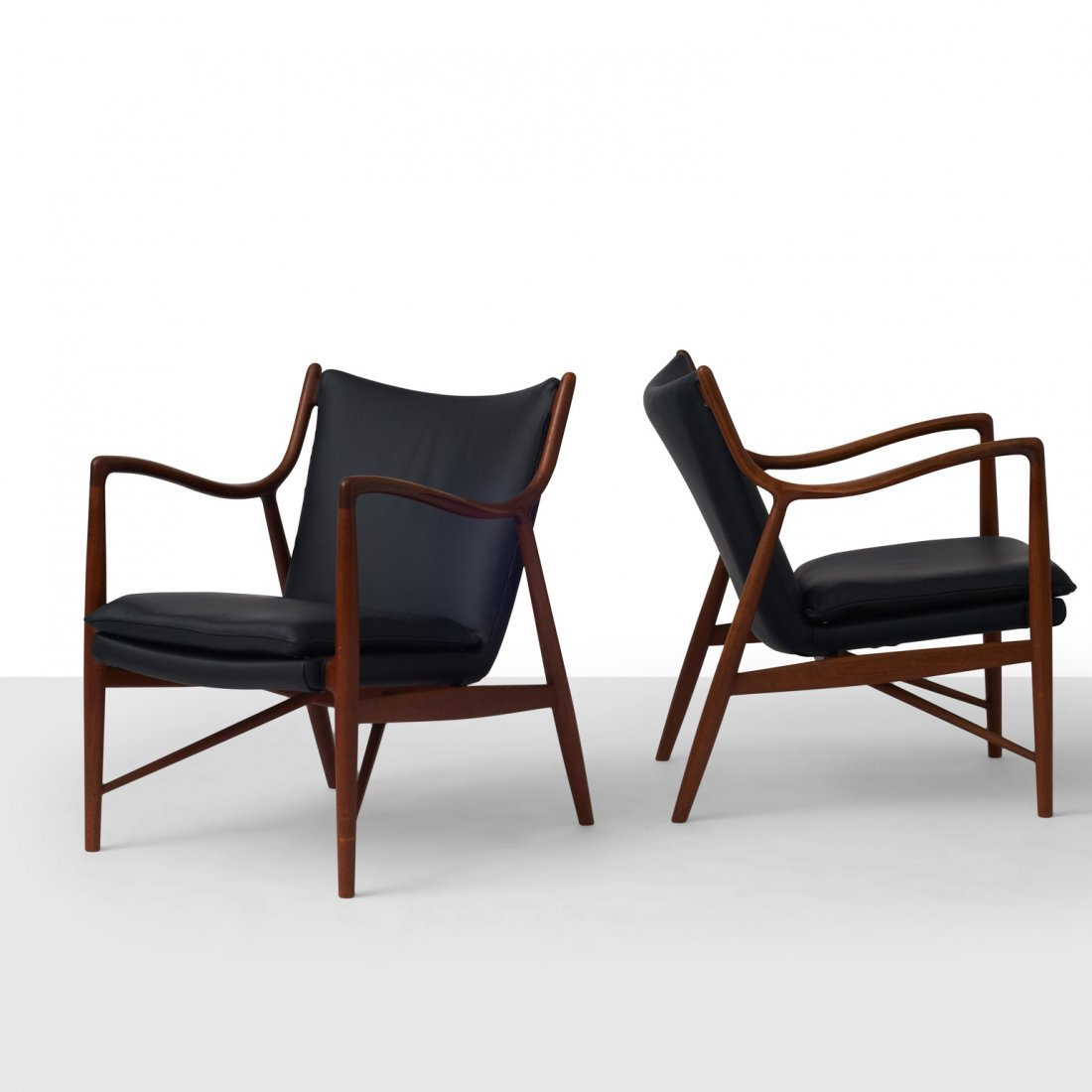 Finn Juhl, Pair of NV45 Chairs for Niels Vodder