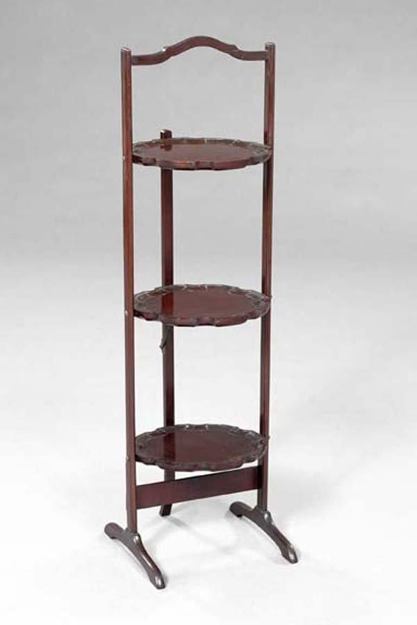 18: Edwardian Mahogany Three-Tier Dessert Plate Stand