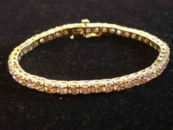 612: Yellow Gold and Diamond Tennis Bracelet