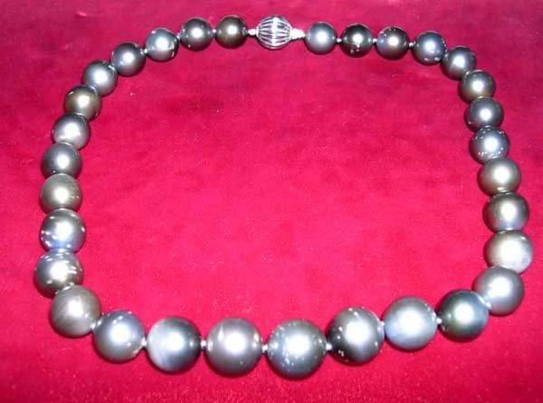 618: Single Strand of Tahitian Gray Pearls