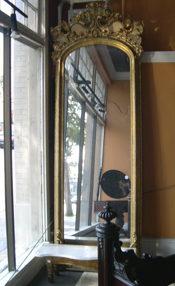 1070: American Giltwood and Plaster Pier Mirror Console