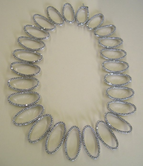 864: White Gold and Diamond Openwork Necklace
