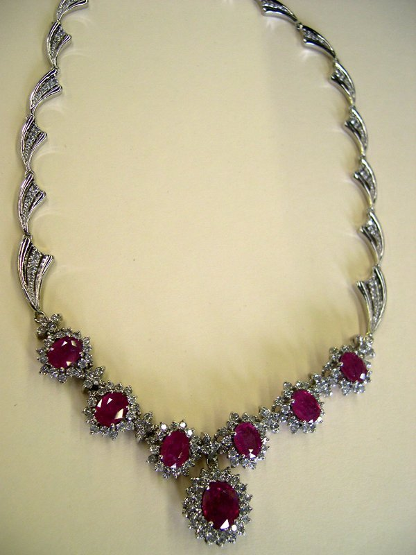 870: White Gold and Ruby Lady's Necklace,