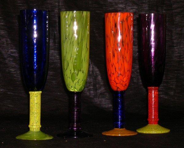 1262: Murano Glass Champagne Flutes