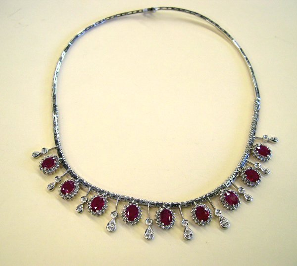 763: Gold, Ruby and Diamond Pendant Necklace