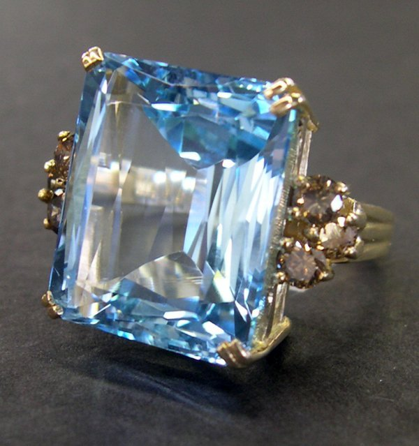 762: Gold and Blue Topaz and Cognac Diamond Dinner Rin