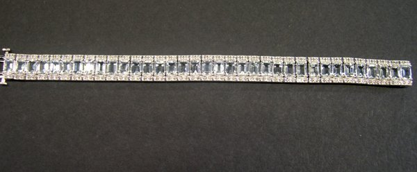 768: Gold, Aquamarine and Diamond Bracelet