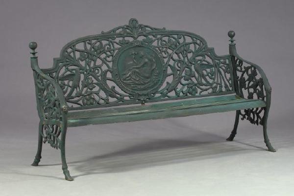 1148: Victorian-Style Black Patinated Cast-Iron Garden