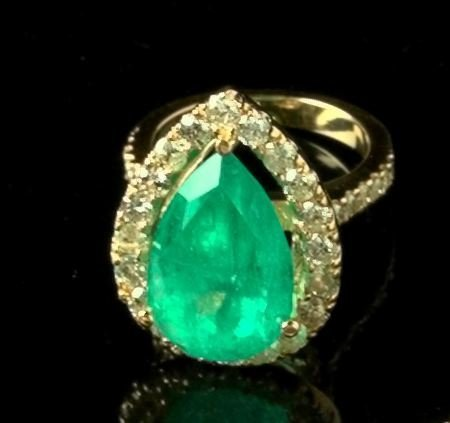 769: Gold, Emerald and Diamond Dinner Ring