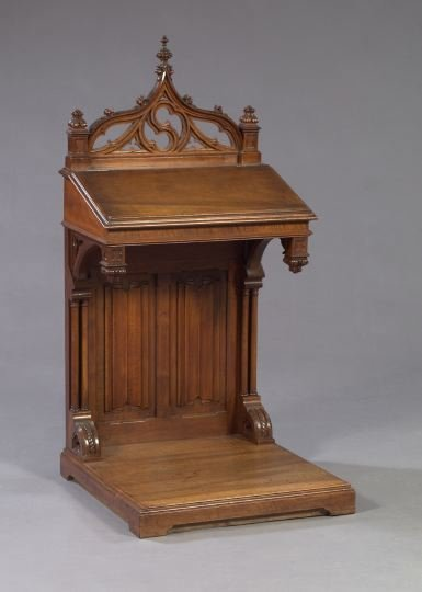 728: Gothic-Style Mahogany Prie Dieu,