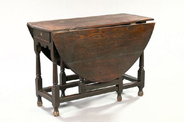 2: William and Mary Oak Gate-Leg Drop-Leaf Table