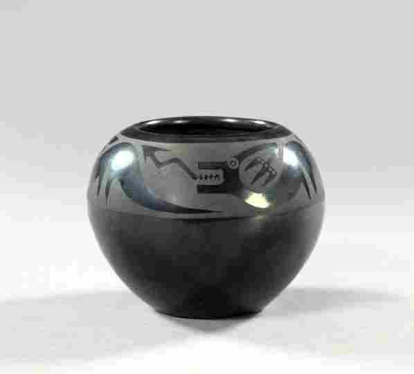 889: Southwestern Indian Pottery Bowl