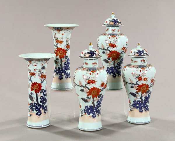 21: Five-Piece Ch'ien-lung Imari Porcelain Garniture