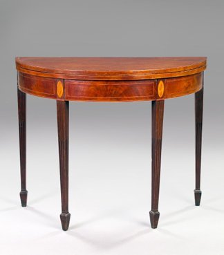 20: Hepplewhite Inlaid Mahogany Fold-Over Games Table