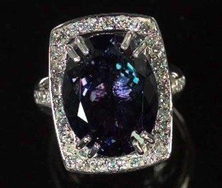 768: White Gold, Tanzanite and Diamond Dinner Ring