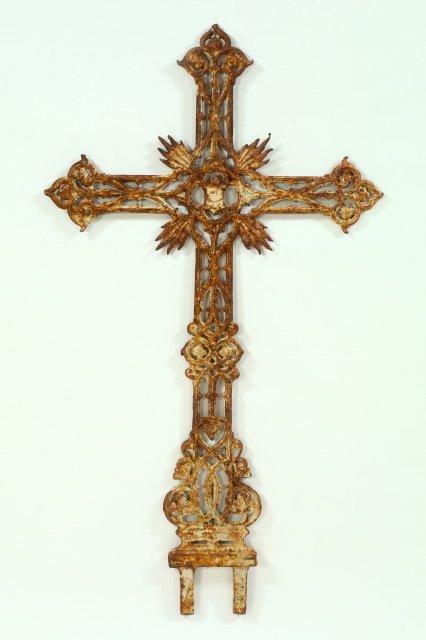 778: Large French Cast-Iron Cruciform Immortelle,