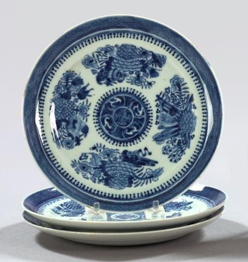 24: Chinese Export Porcelain Sweetmeat Plates