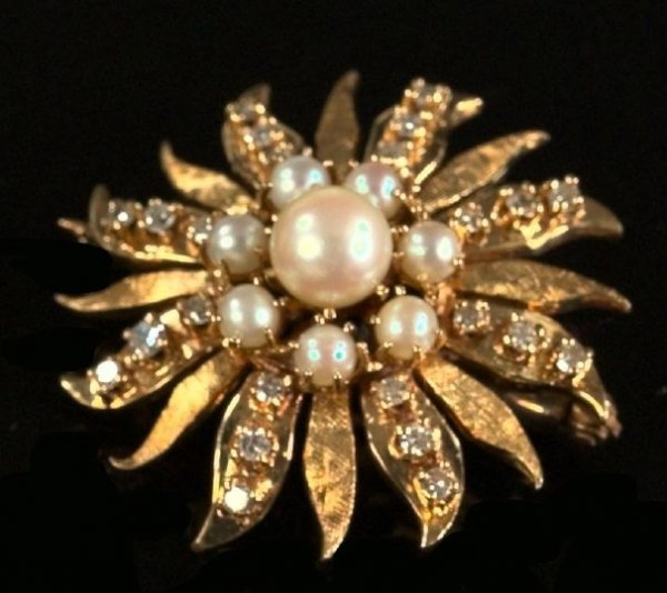 714: Yellow Gold, Pearl and Diamond Starburst Brooch
