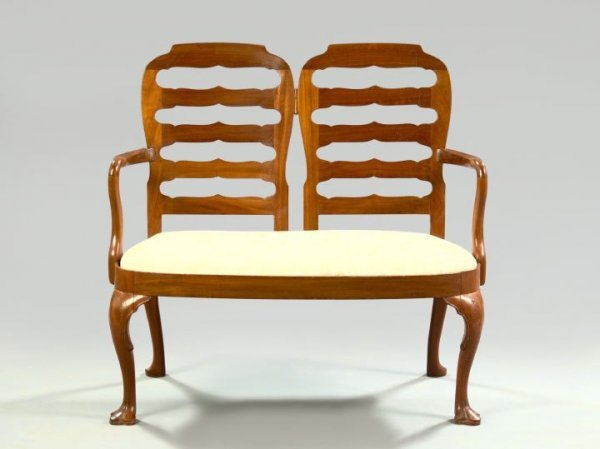 5: Queen Anne-Style Mahogany Settee,